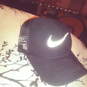 Nike Hat #56 Brian Cushing Autograph sewed on